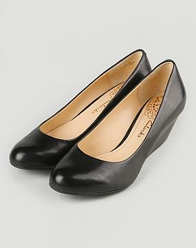 其乐clarks女款正装系列黑色坡跟皮鞋