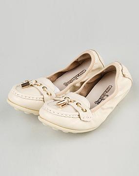 女款米白色np头层牛皮休闲鞋