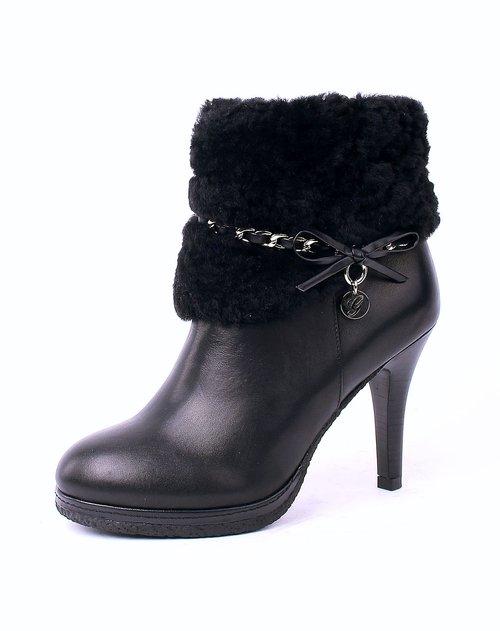 黑色牛皮高跟短靴