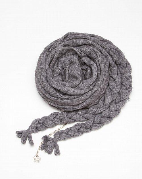 简gen女装专场麻花链条中灰色针织三角披肩