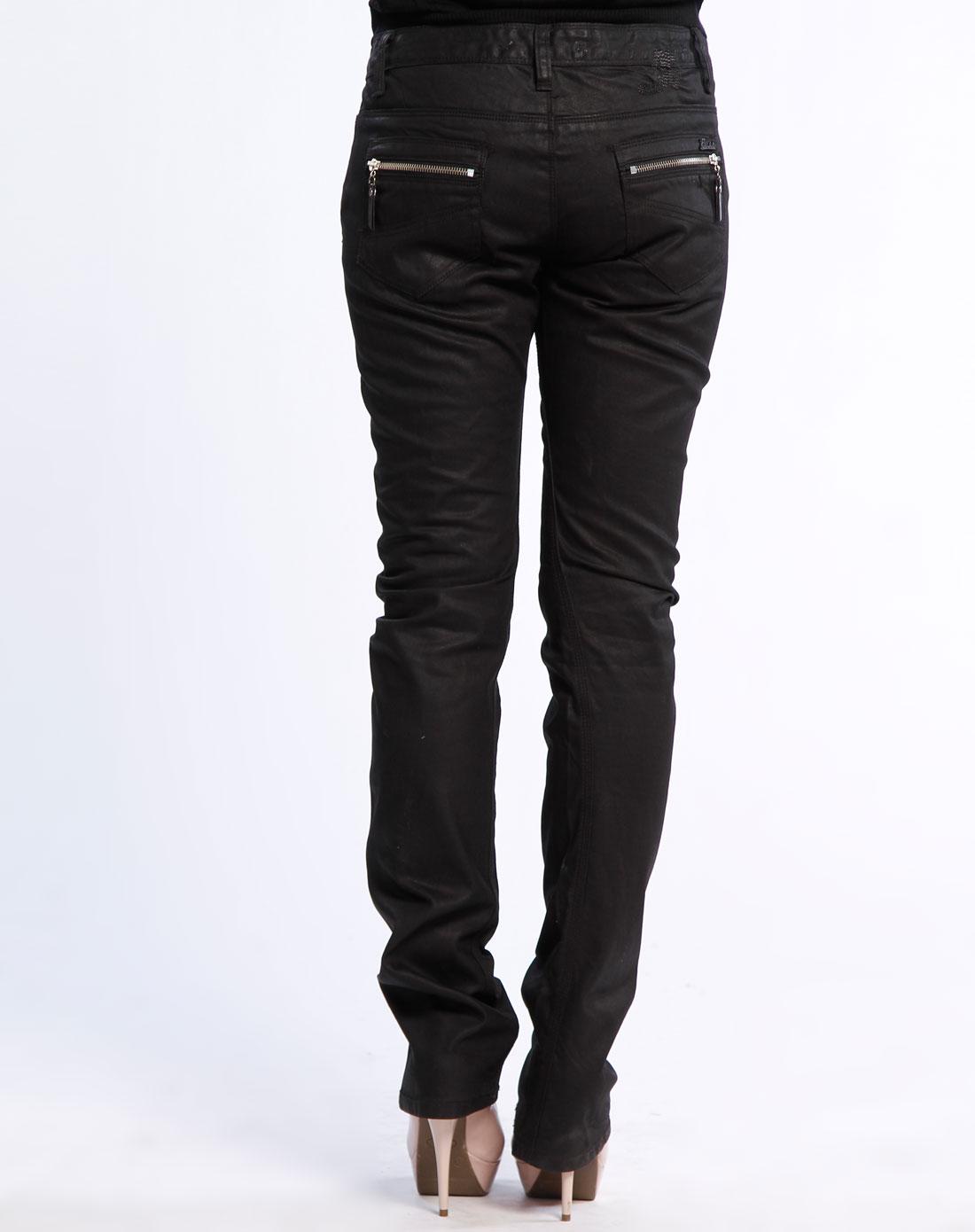 马克华菲黑色直筒牛仔长裤