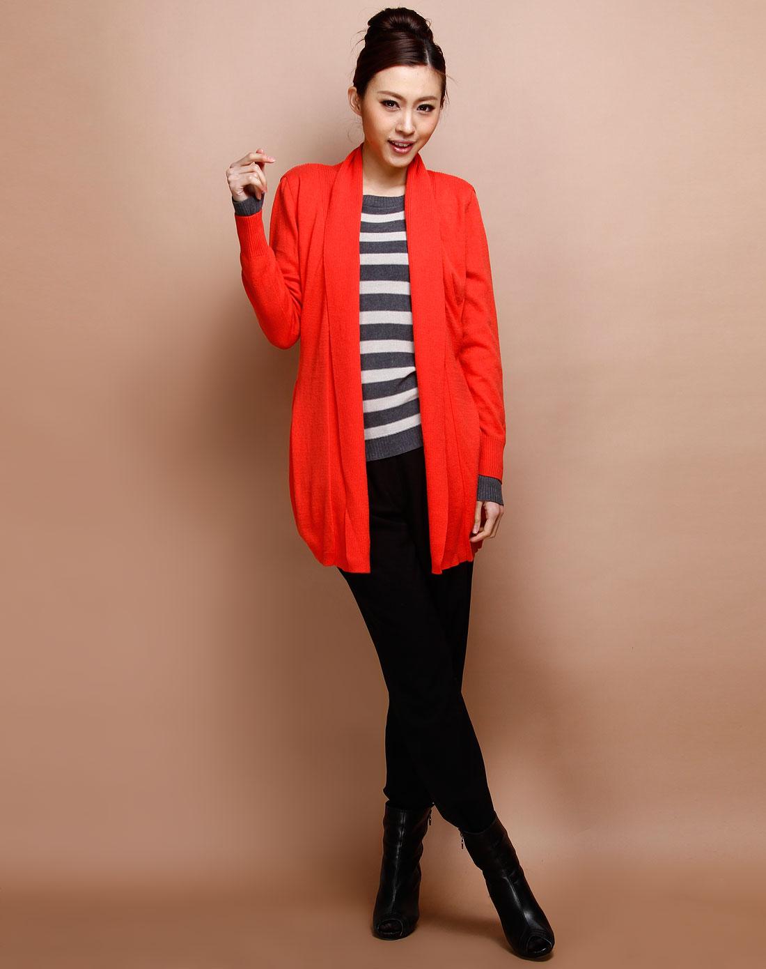 橘红色坑纹长袖针织开衫