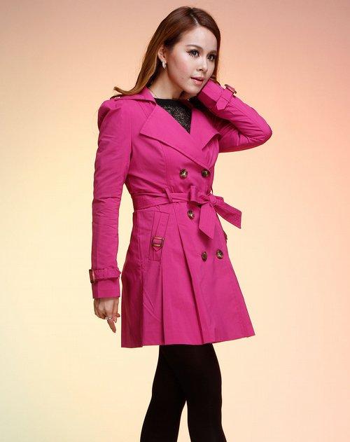 三彩梅红色双排扣长款长袖风衣
