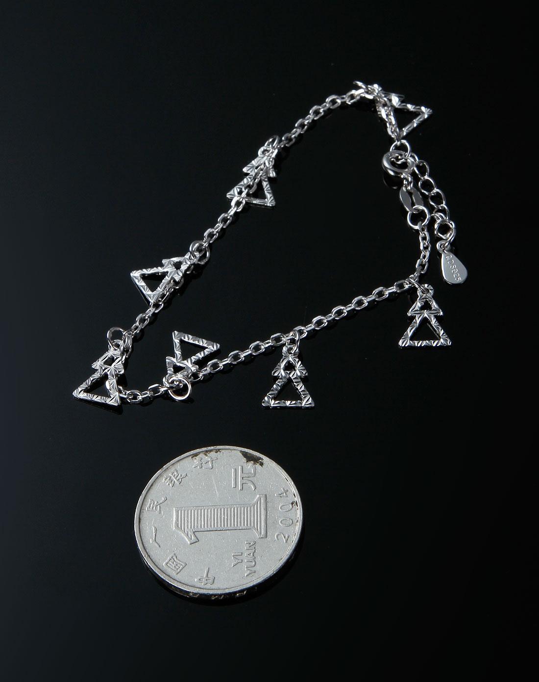 7°c银匠世家女款银色素色三角形手链