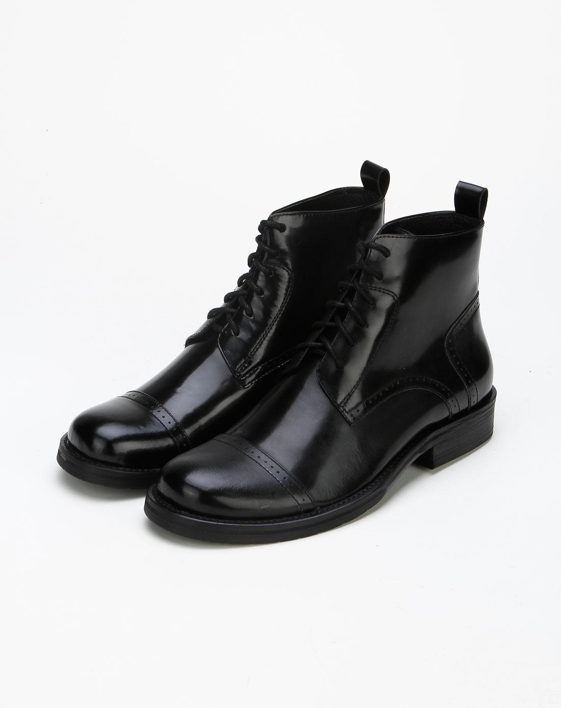 黑色裤子蓝色鞋子 黑色皮鞋配灰色裤子