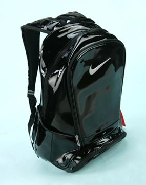 耐克nike男款pu180黑色漆皮背包