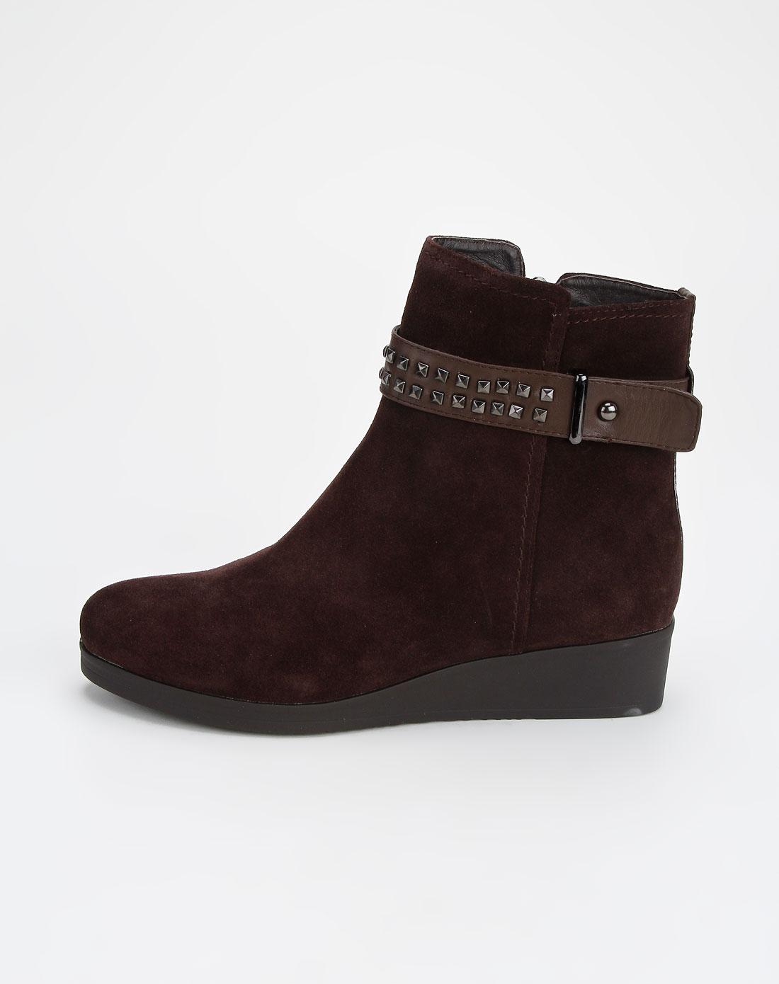 啡色时尚休闲短靴