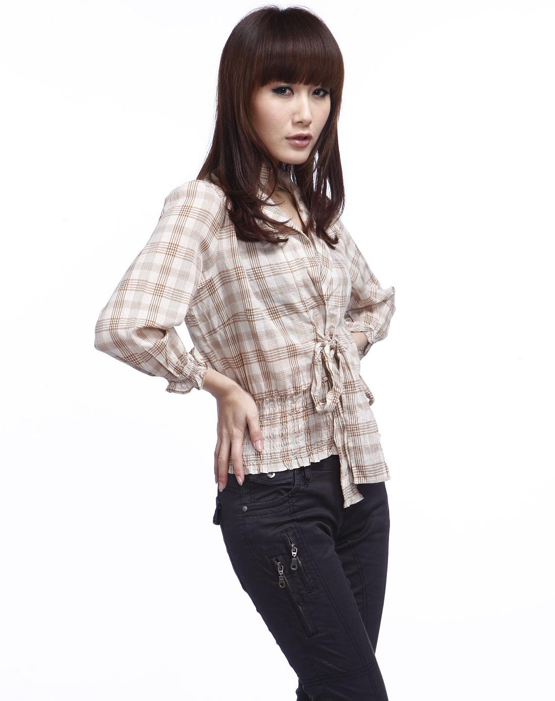 女款浅卡其色七分袖衬衫