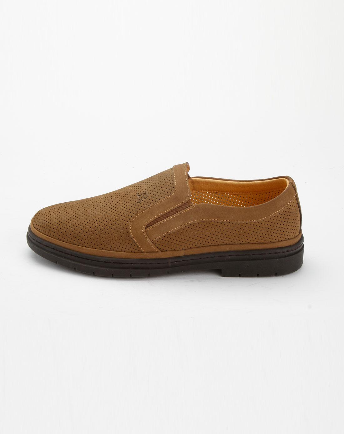男款卡其色时尚休闲鞋