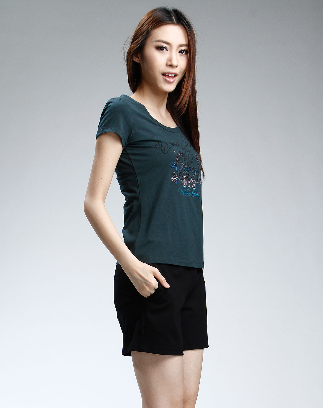 绿色休闲短袖t恤