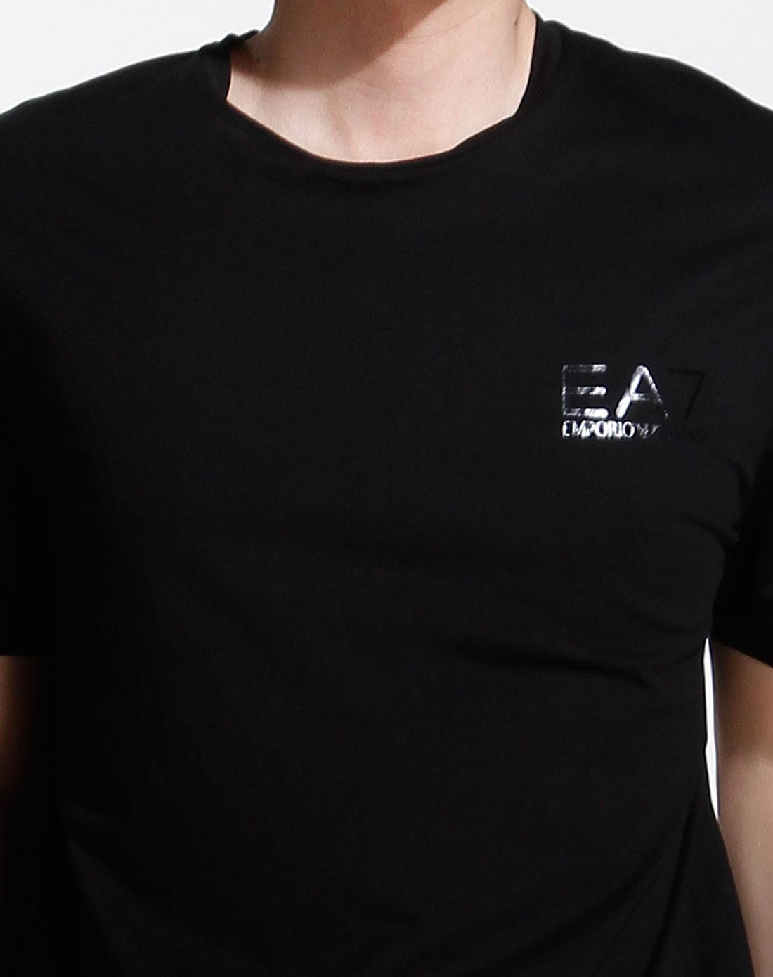 ea7男款黑色圆领简约休闲短袖t恤