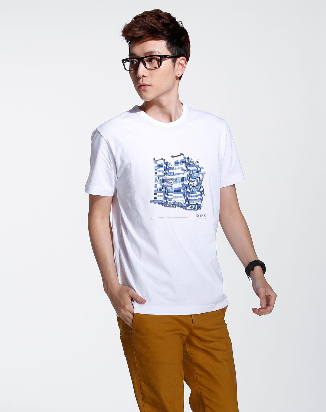男款白色时尚印图短袖t恤