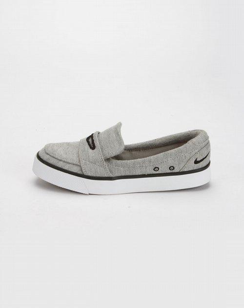 耐克nike女款灰色个性休闲鞋