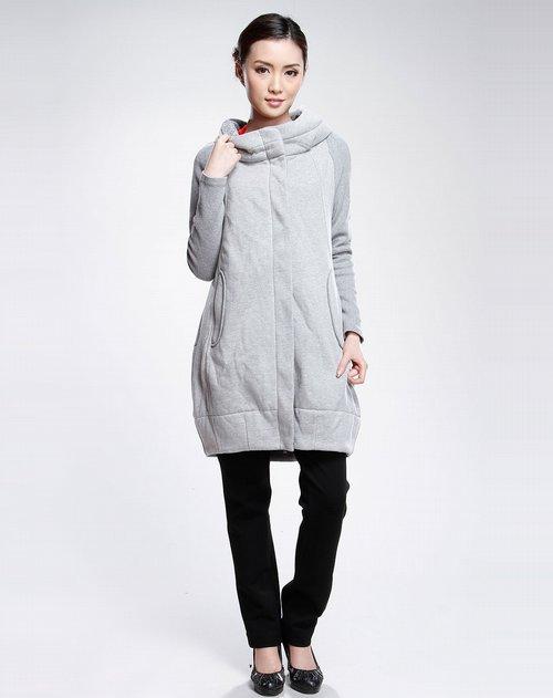 灰色毛衣搭配图片女