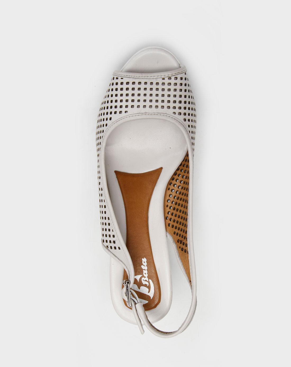 拨佳bata白色镂空方格高跟凉鞋