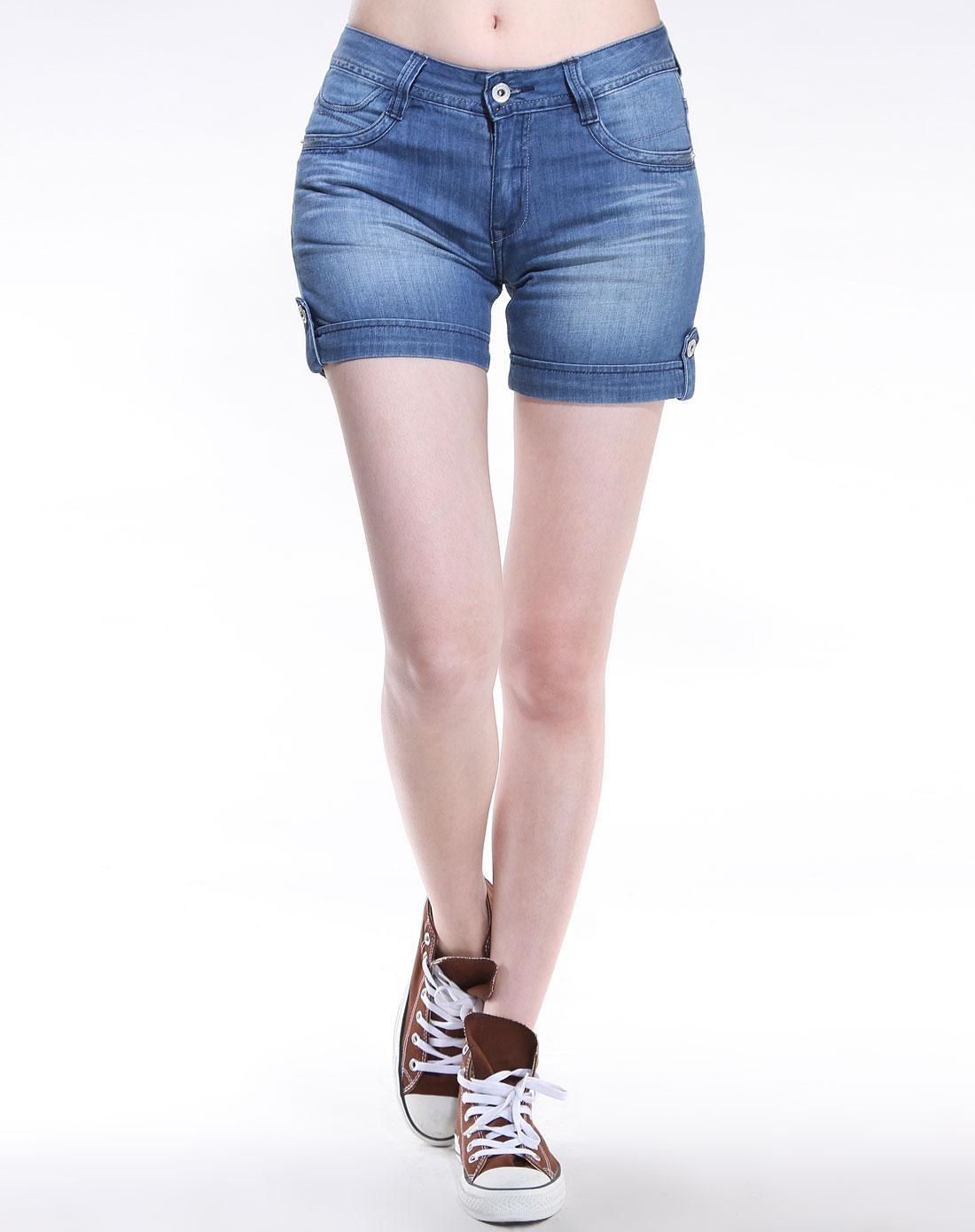 cardin-女款牛仔蓝色休闲牛仔短裤