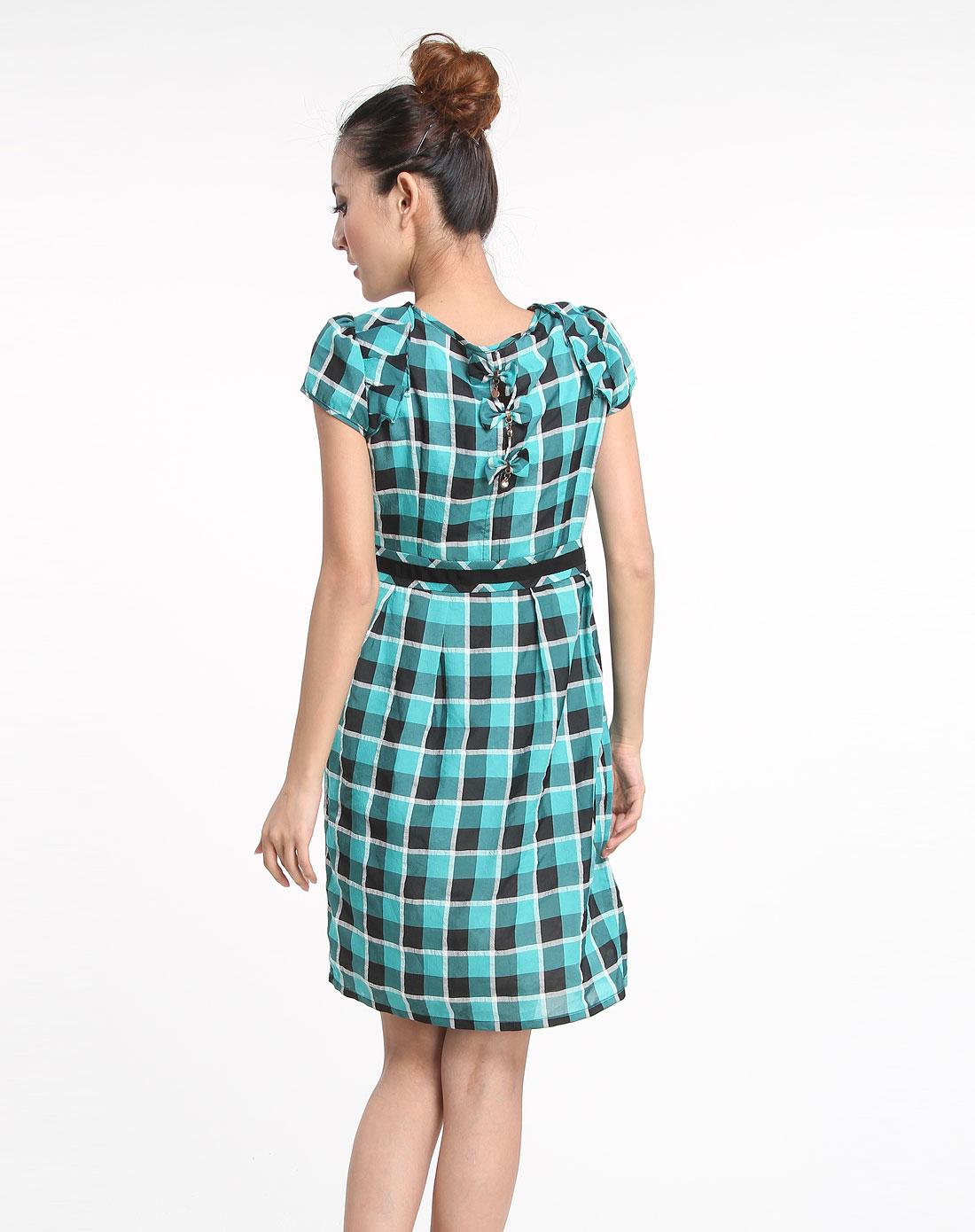 绿色格纹短袖连衣裙