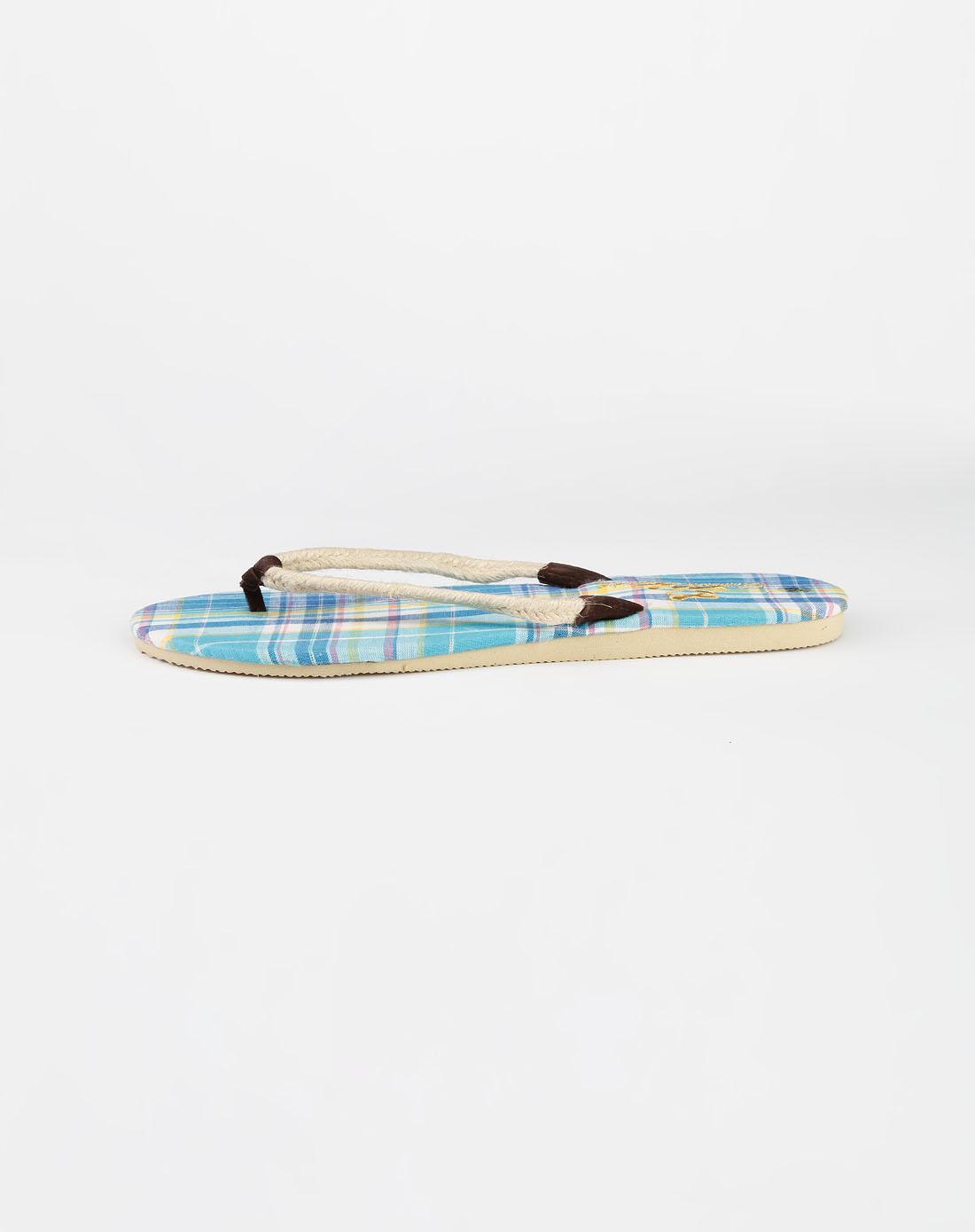 女款天蓝色沙滩拖鞋_fox官网特价0.4折起