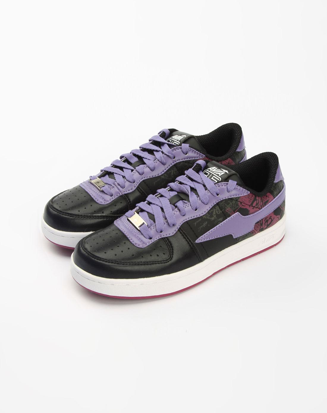 女款黑/紫/白色休闲运动鞋