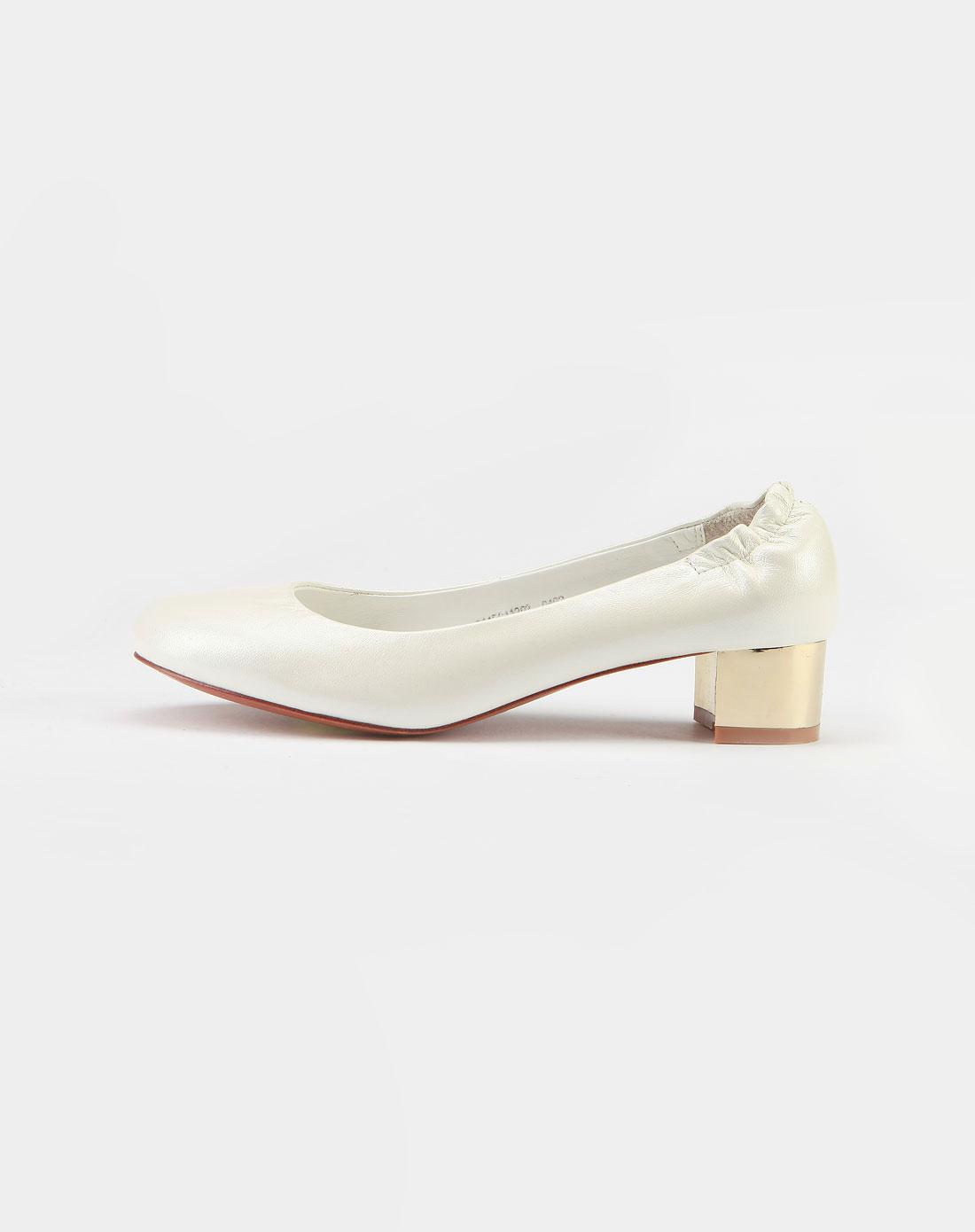 白色羊皮皮鞋2_mooffy特价2.5-4.4折