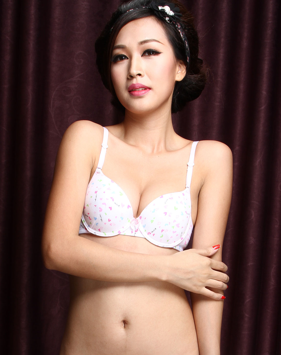 _白色可爱桃心少女3/4罩杯文胸
