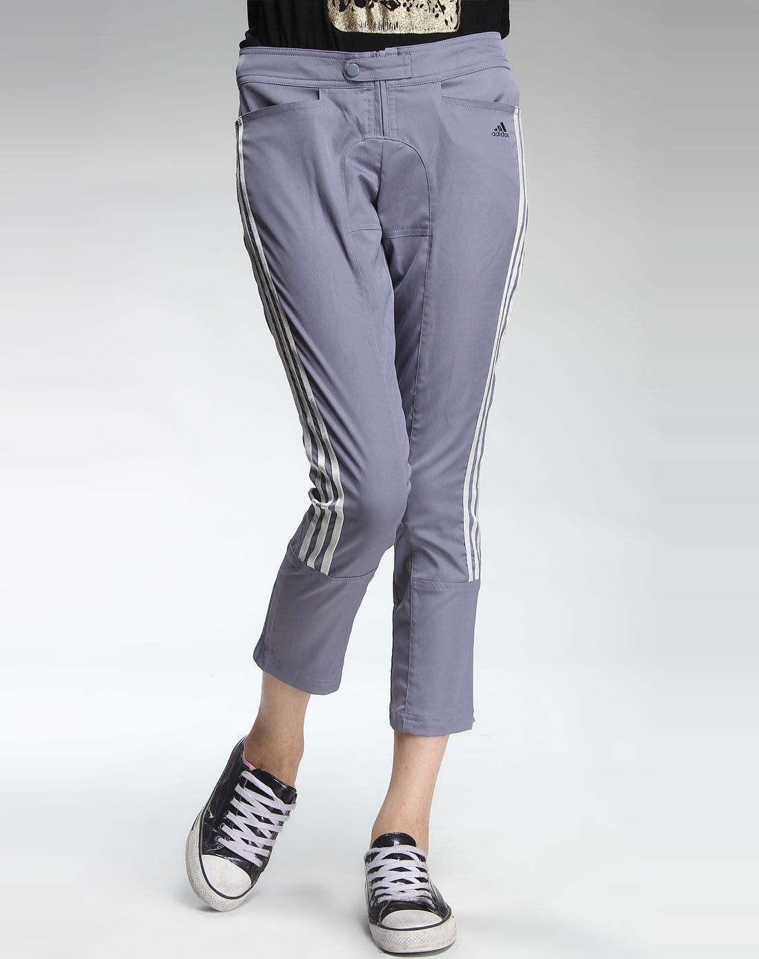 阿迪达斯adidas女款深灰色时尚运动九分裤