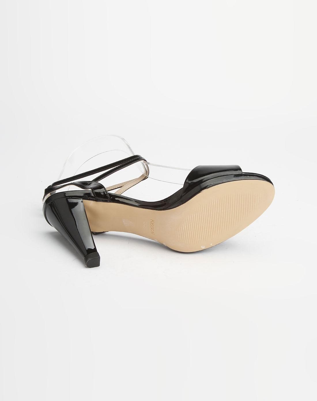 黑色牛漆皮高跟凉鞋