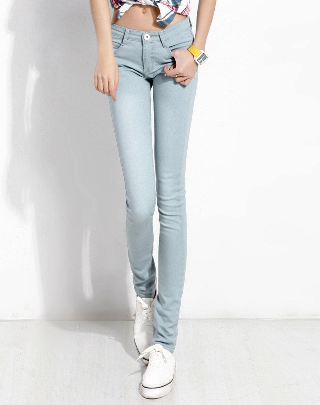 浅色牛仔短裤搭配,高腰浅色牛仔微喇叭裤,浅色牛仔,浅色牛仔九