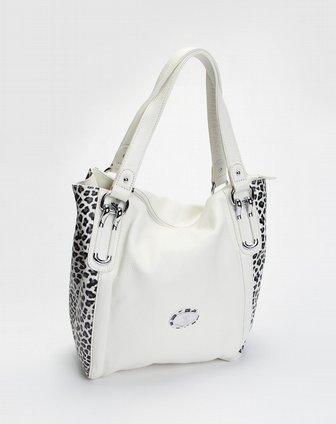米白色时尚压花单肩包 圣大保罗官网特价1.9图片