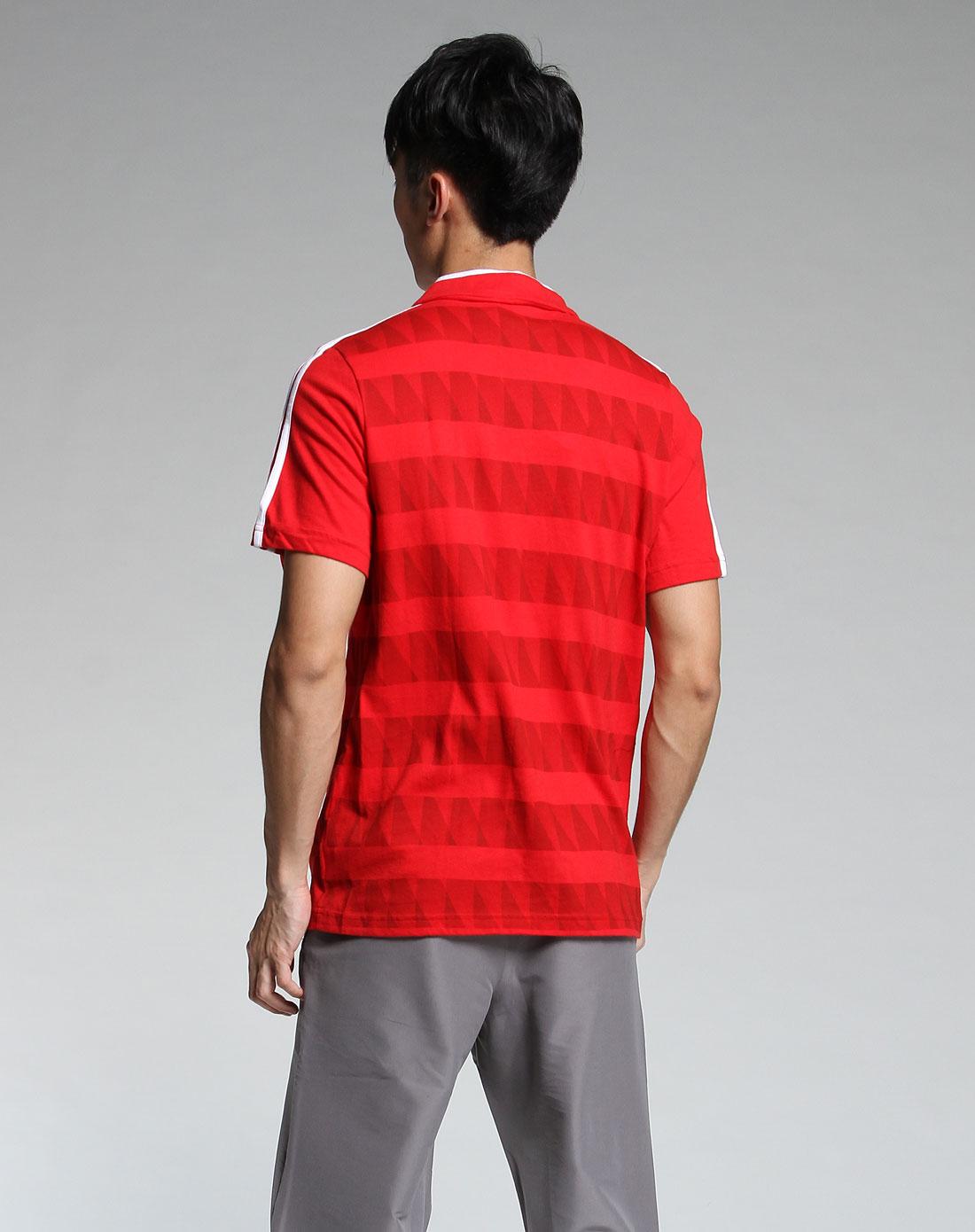 > 大红色翻领短袖t恤