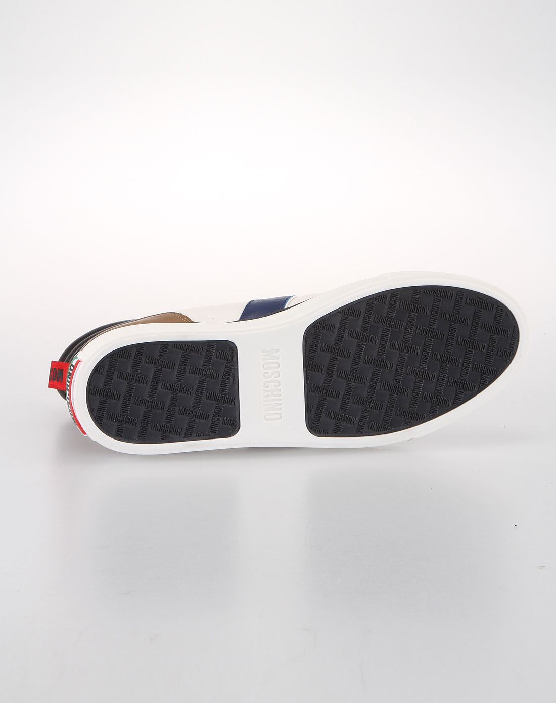 男士名鞋moschino 2012最新款-男士高帮白色休闲鞋