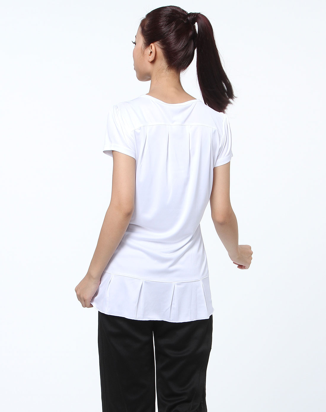 白色简约运动短袖t恤