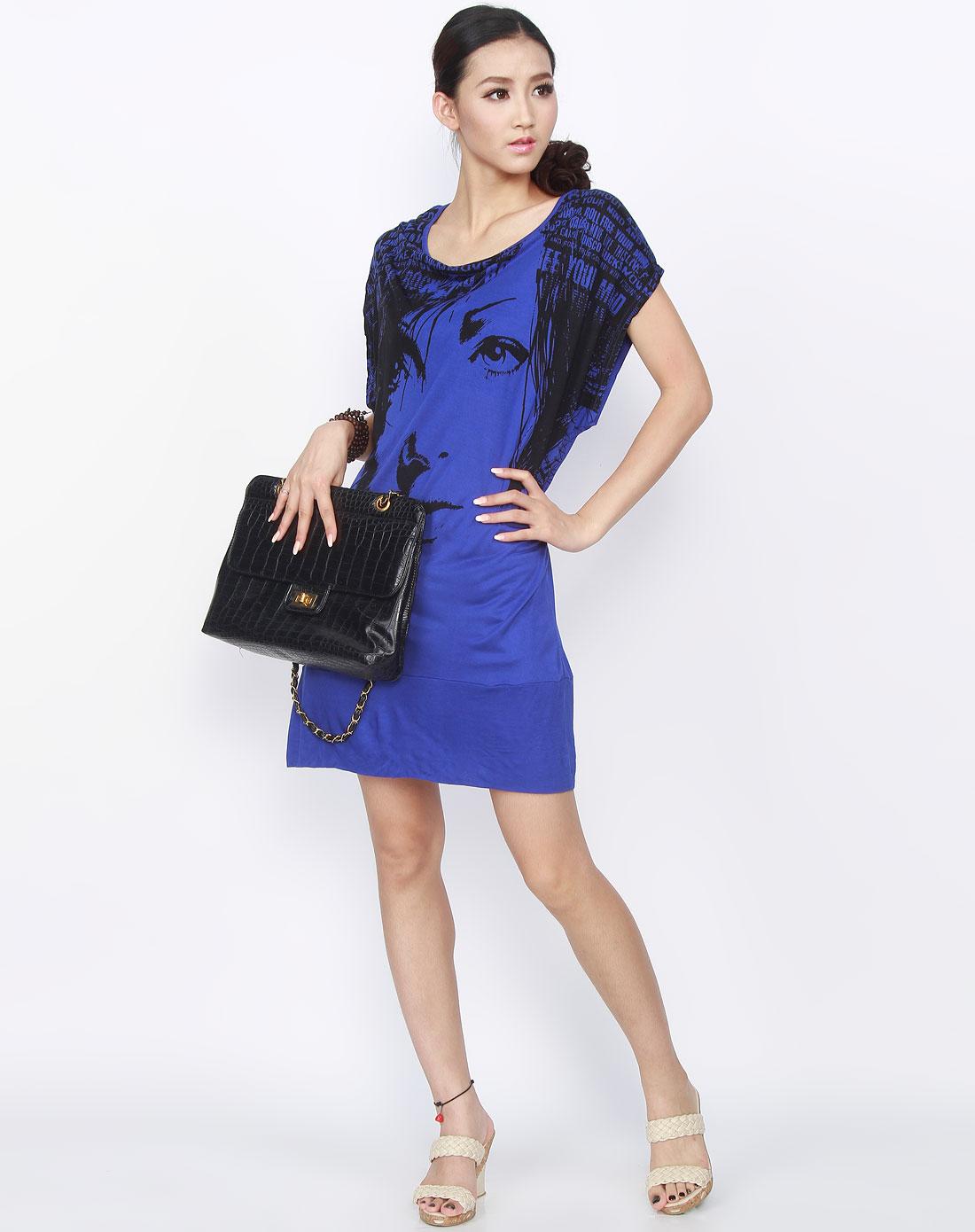 深蓝/黑色印图连衣裙