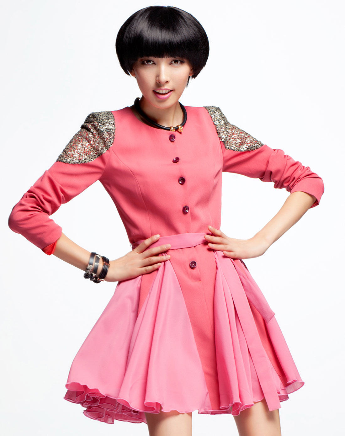 女款粉色风衣式拼接长袖连衣裙