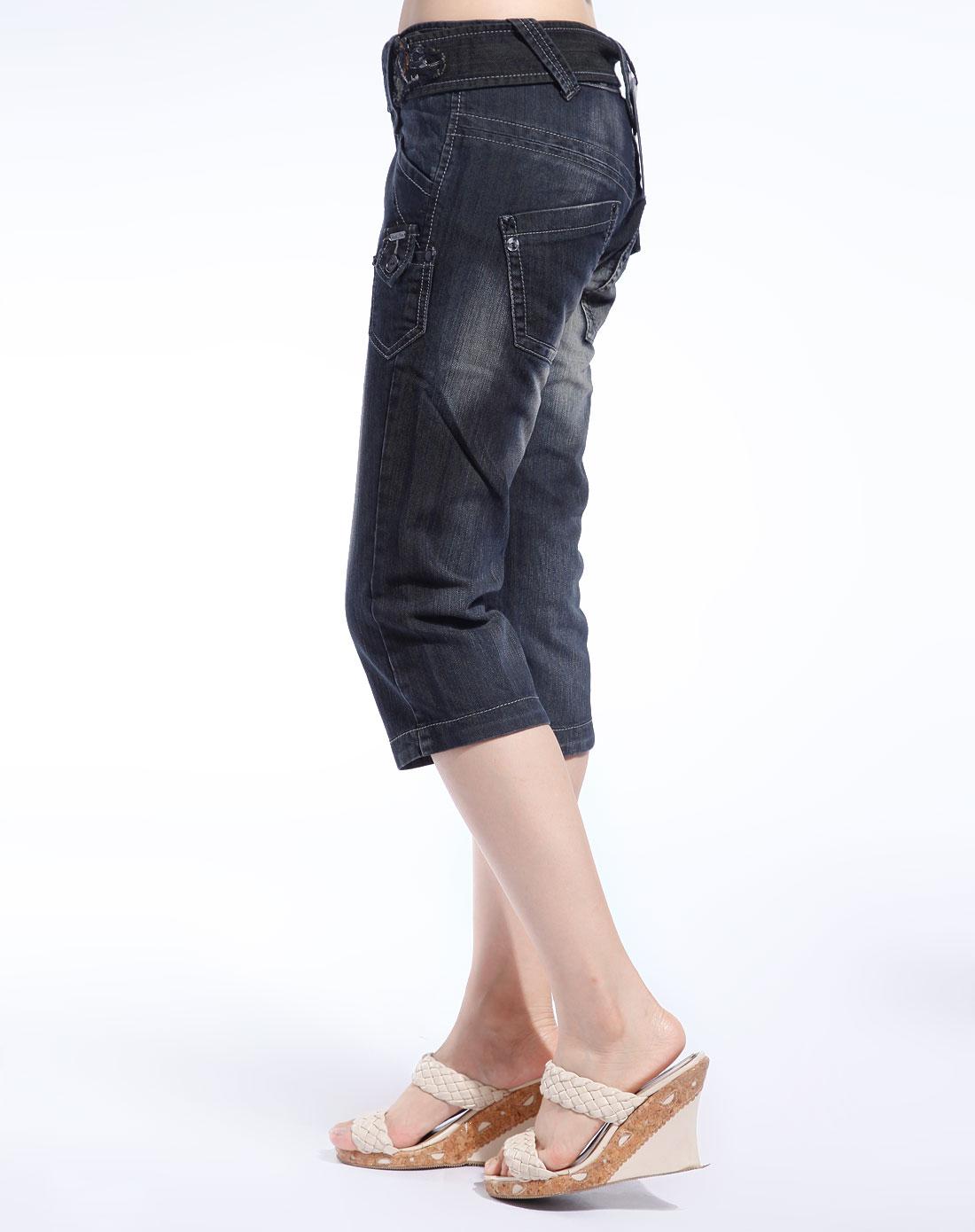 女款黑色牛仔休闲中裤