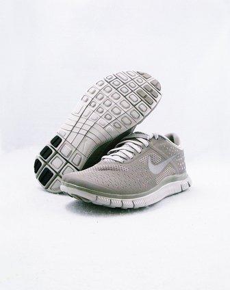 耐克nike女款灰色系带简约休闲鞋511527-005