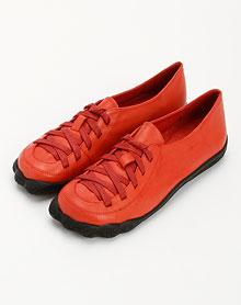 桃红色系带时尚单鞋