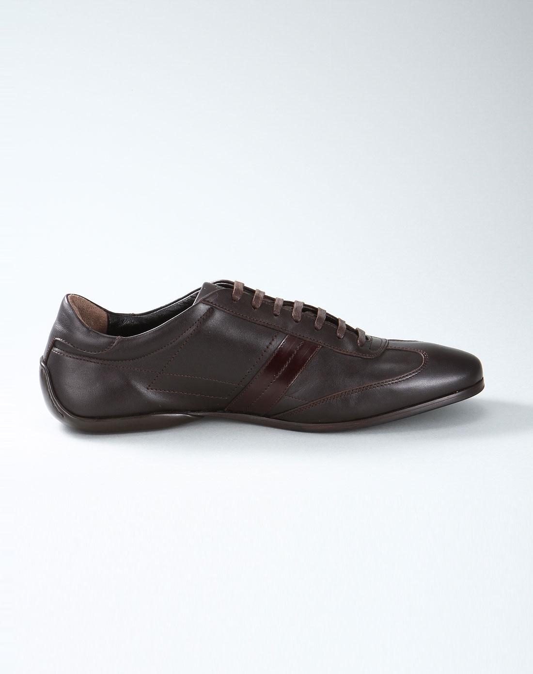 系带皮鞋深棕色