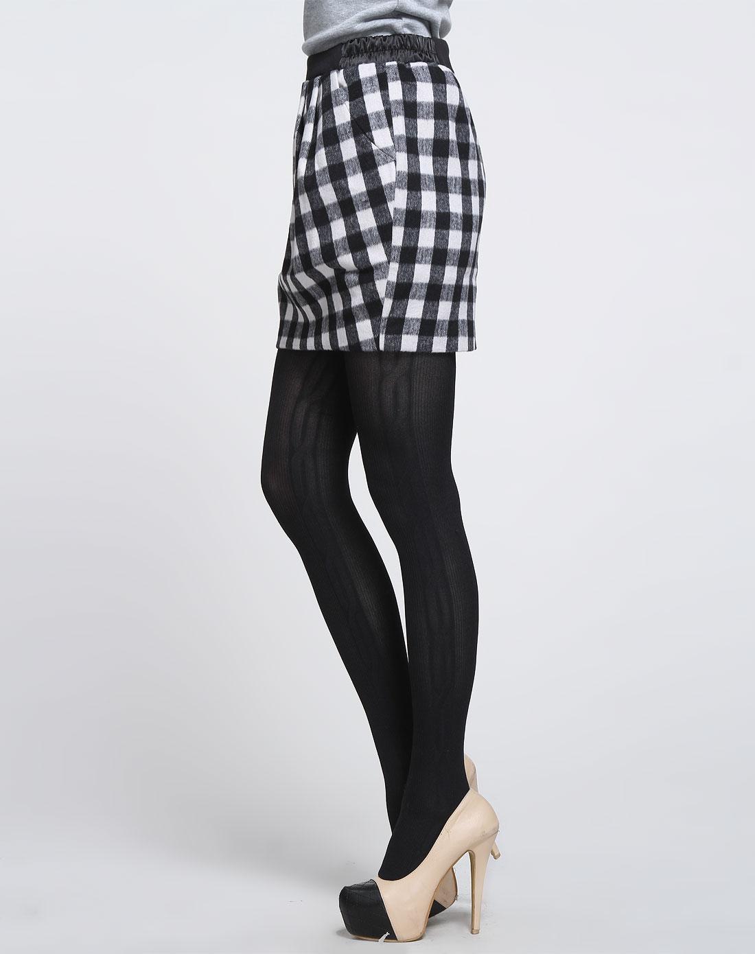 女款黑白色格子时尚短裙