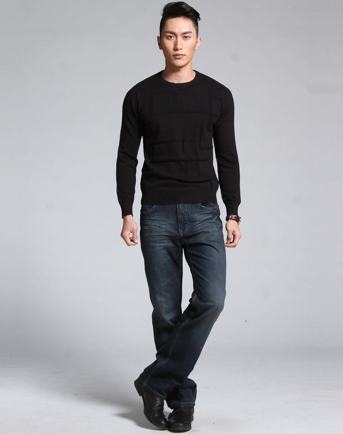 > 黑色圆领长袖套头针织衫