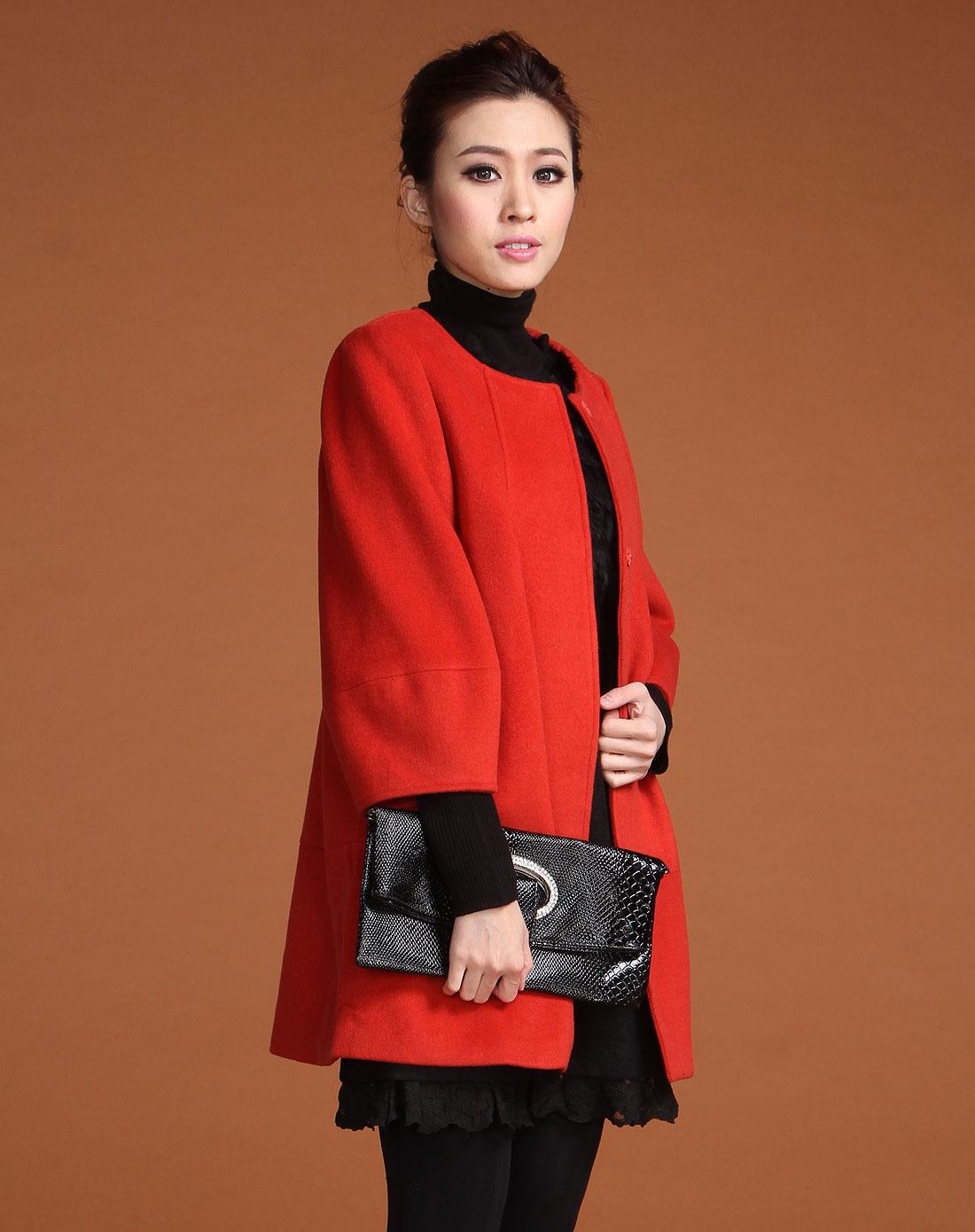 桔红色大衣怎么搭配  竖