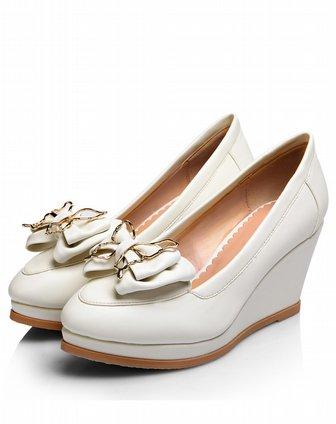 女款白色时尚甜美蝴蝶结尖头坡跟单鞋