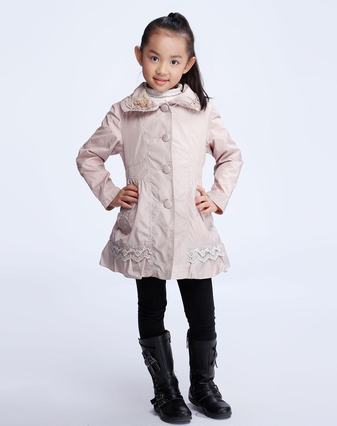 秀兰公主女款米色风衣