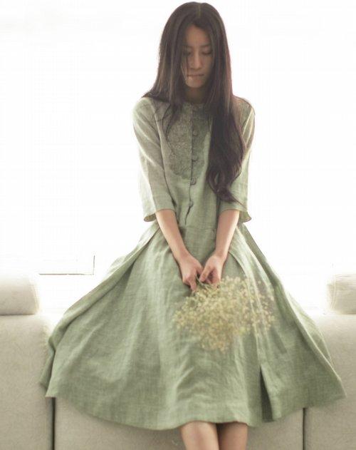 素缕souline女装专场《新绿翩跹》淡绿中袖连衣裙图片